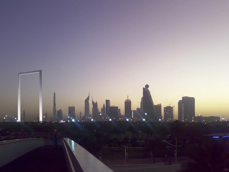 برواز دبي معلم سياحي جديد لالتقاط صور الـسيلفي