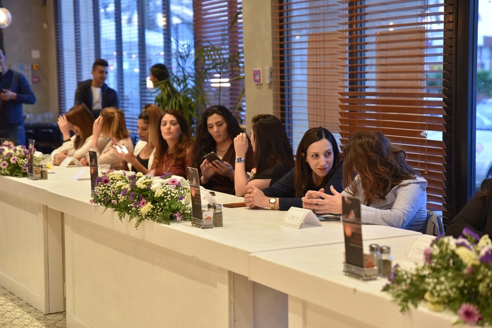 كاريزما يعلن عن انطلاقته في حفل ضخم بمناسبة شهر المرأة