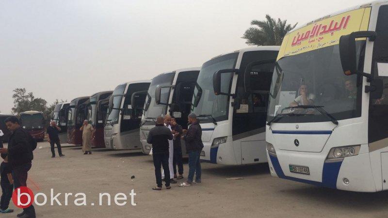 بالصور: نحو 27 حافلة معتمرين في طريقها للديار الحجازية .. وأخيرًا بعد الممطالة والتأجيل