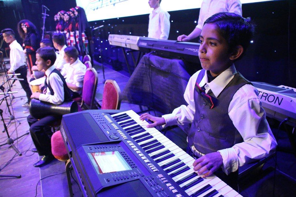 رام الله: إنشاء أول جوقة موسيقية تربوية للطلبة الفلسطينيين