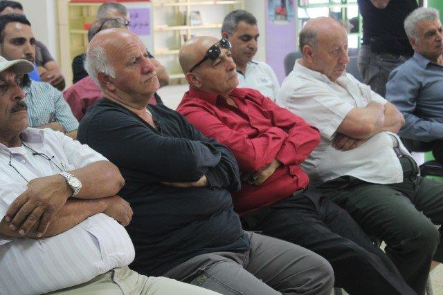 عواودة يناشد أهالي كفركنا خلال اجتماع شعبي:علينا تقديم اعتراضات لإعادة أراضي تابعة لكفركنا