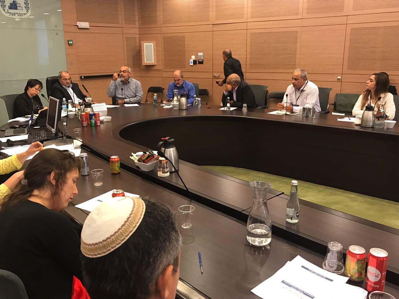 بمبادرة الطيبي: الكنيست تبحث في اتفاق استقدام 20 ألف عامل بناء من الصين على حساب العمال العرب
