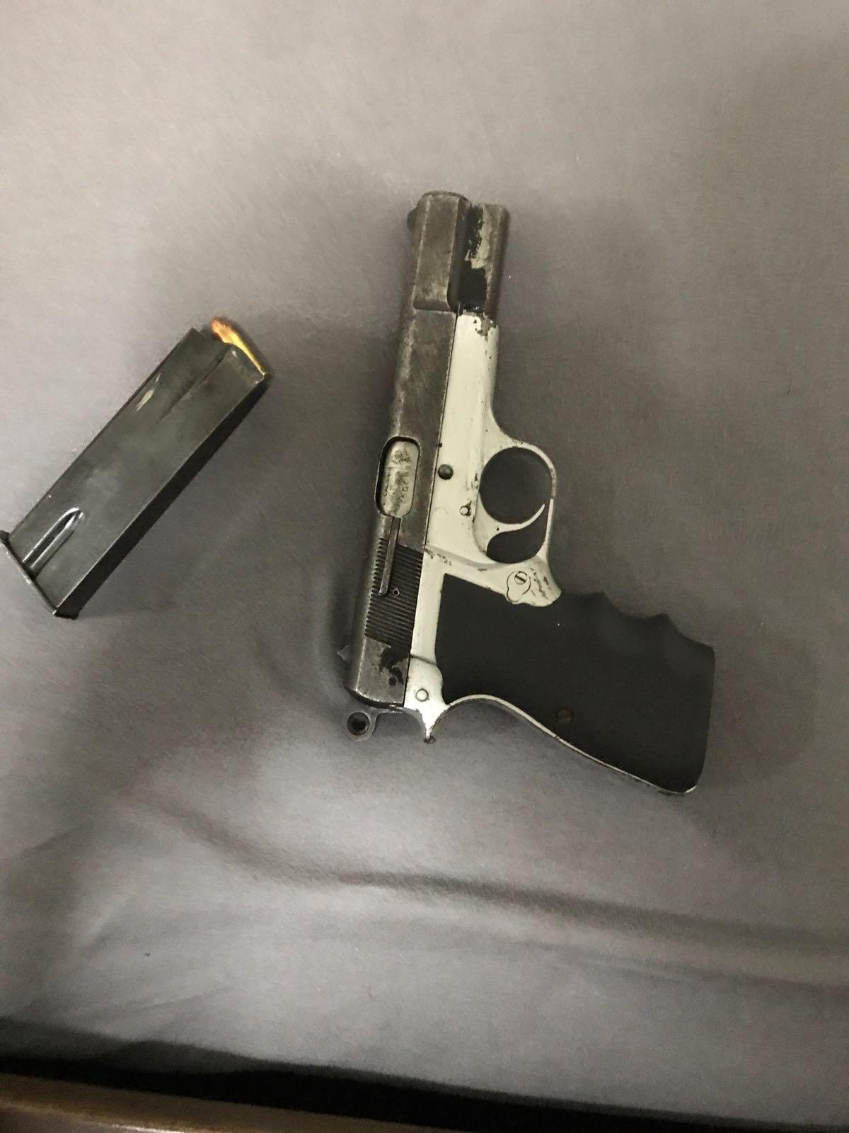 بالصور والتفاصيل: هذه الأسلحة عثرت عليها الشرطة في الناصرة وبلدات الشمال
