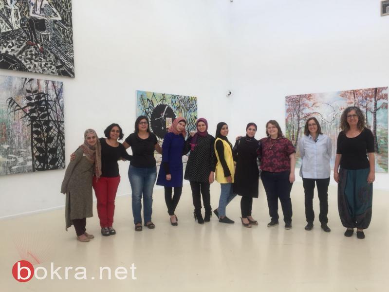 طالبات كليّة الفنون في بيت بيرل ينظّمن برامج ارشاد باللغة العربيّة في متحفيّ تل أبيب وهرتسليا