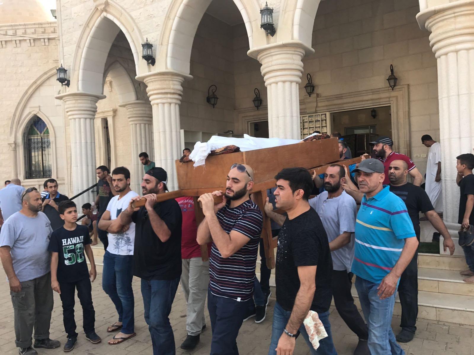 قلنسوة: المئات يشيعون جثمان سند زميرو