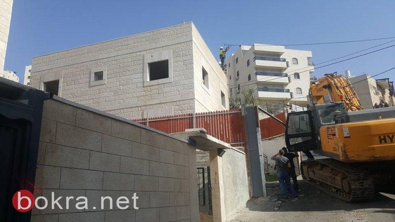 هدم بناية سكنية في رأس العامود بحجة عدم الترخيص