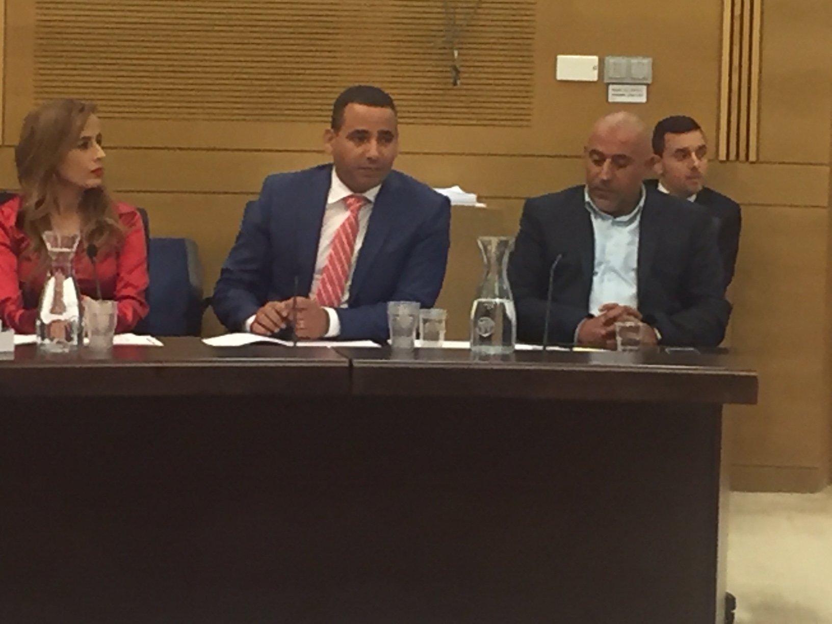 اللجنة البرلمانية لشؤون مراقبة الدولة بمبادرة ابو عرار تناقش وضع منظومة الاطفاء والانقاذ