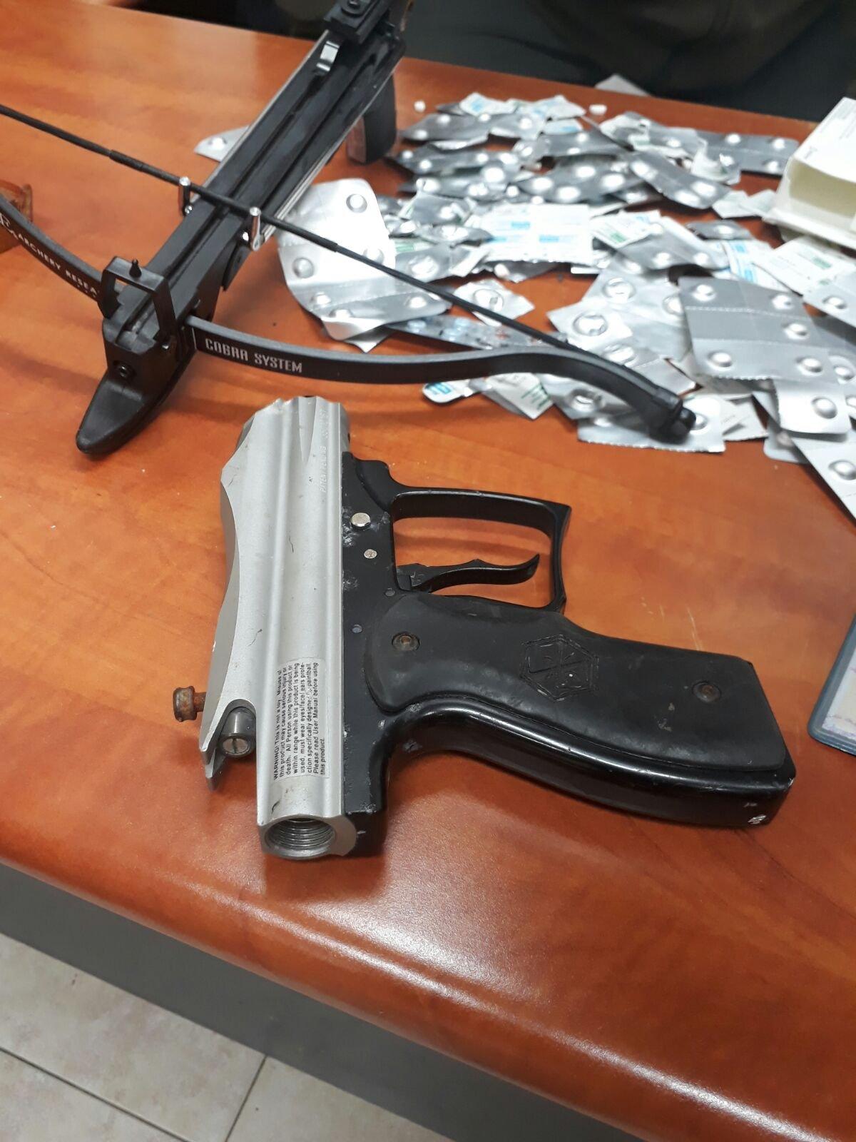 هل عثرت الشرطة على سلاح في بلدكم هذا العام؟ إليكم التفاصيل
