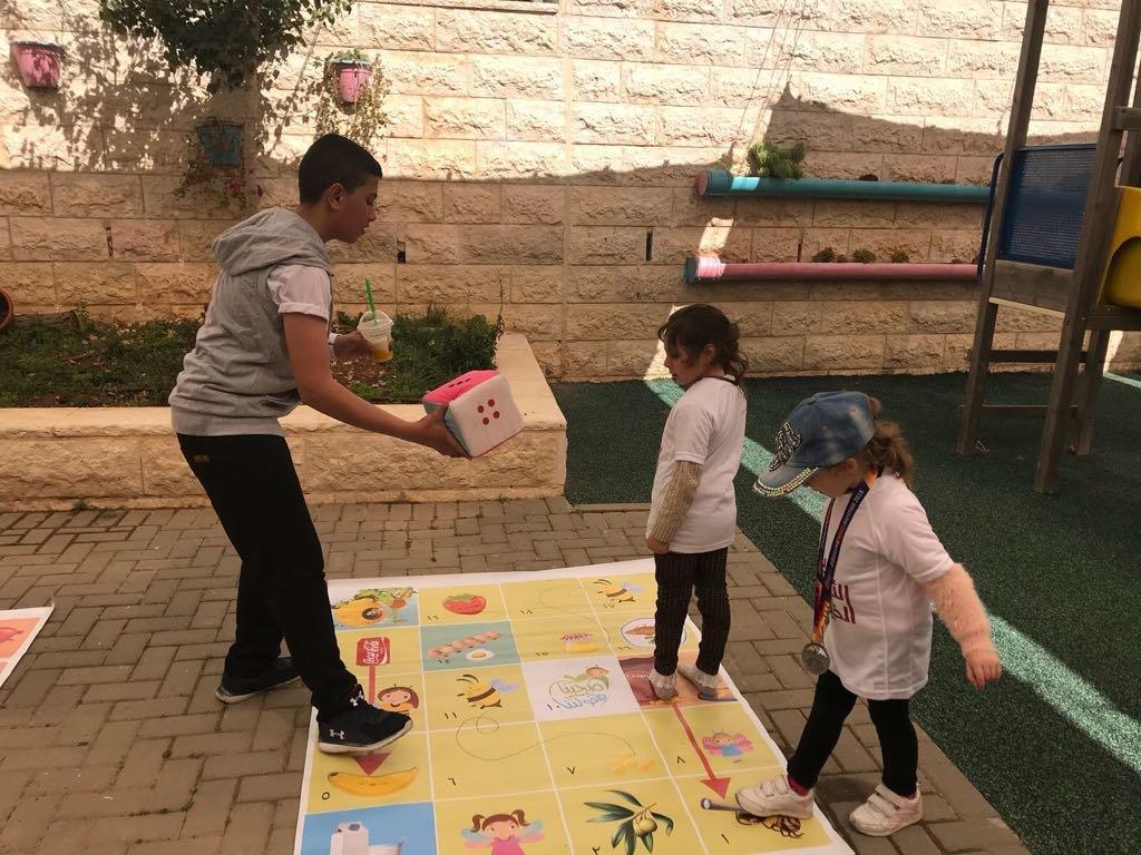 يوم الأعمال الخيرية من روضات الياسمينة العلاجية من القدس بيت حنينا