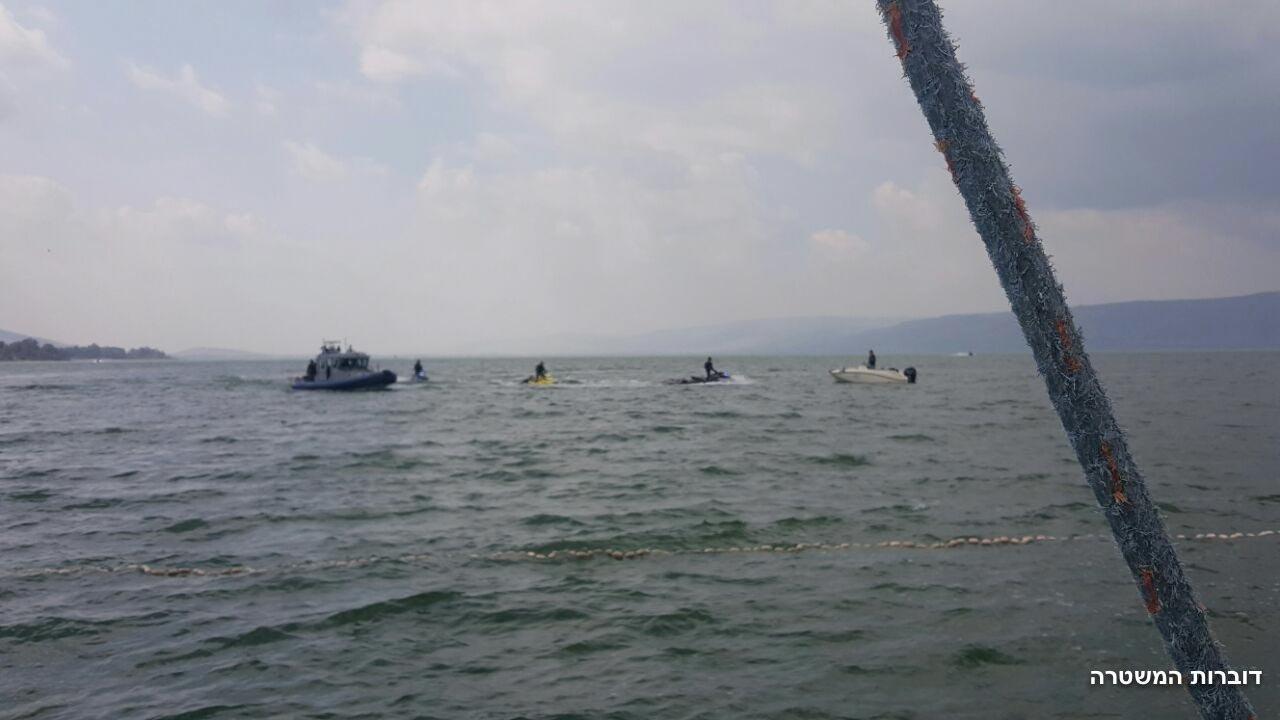طبريا: لليوم الثالث مواصلة البحث وراء 3 المفقودين في مياة البحيرة