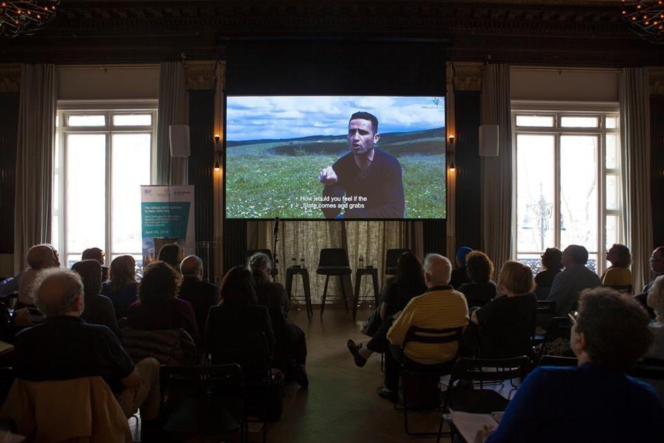 سيكوي تعقد مؤتمرا في نيو يورك حول الجماهير العربية في البلاد