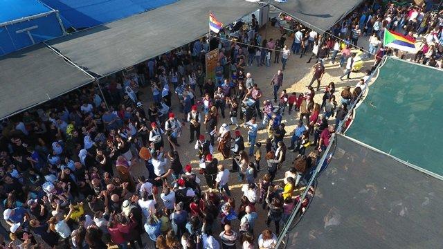 اكثر من 10000 زائر في اليوم الاول لمهرجان كان زمان في بيت جن