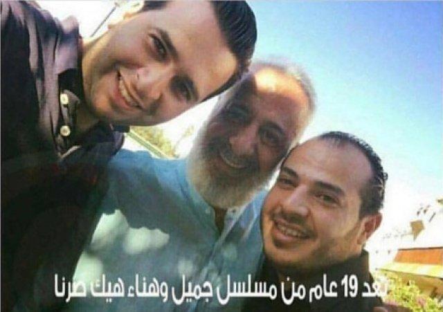 أيمن زيدان مع ابنيه في
