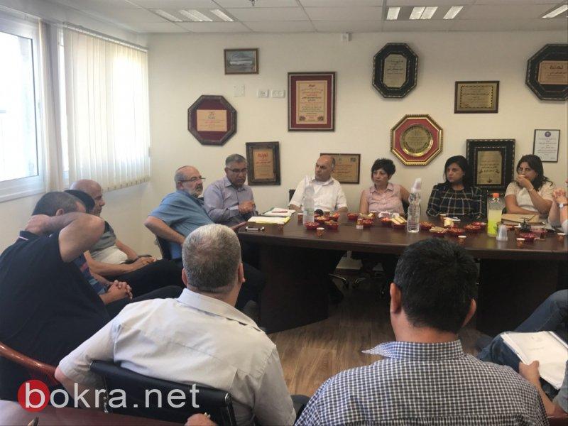 وفد وزارة الإسكان في بستان المرج: بحث قضية البناء في كل قرية وقرية وعرض آخر التطورات