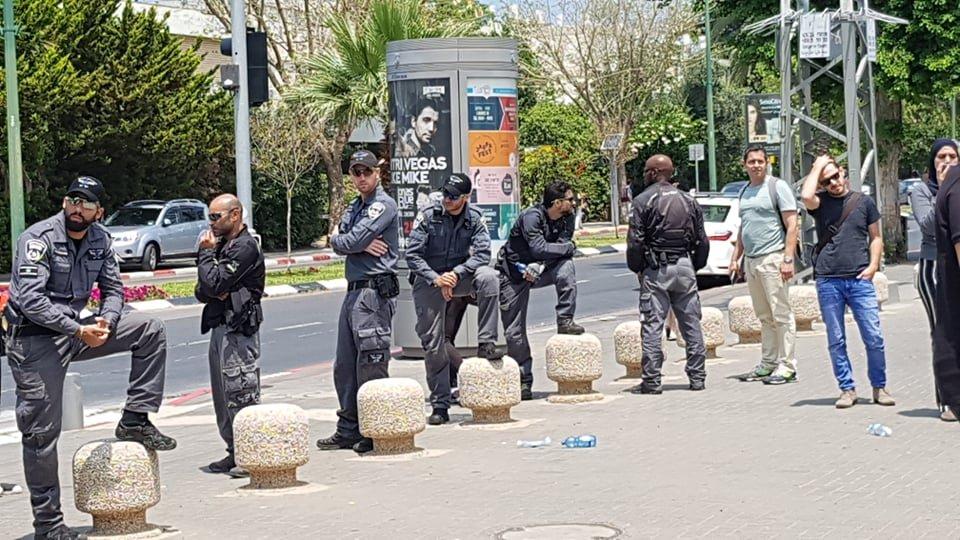 جامعة تل أبيب: الحركات الطلابية تنظم تظاهرة احتجاجية على أحداث أمس في غزة