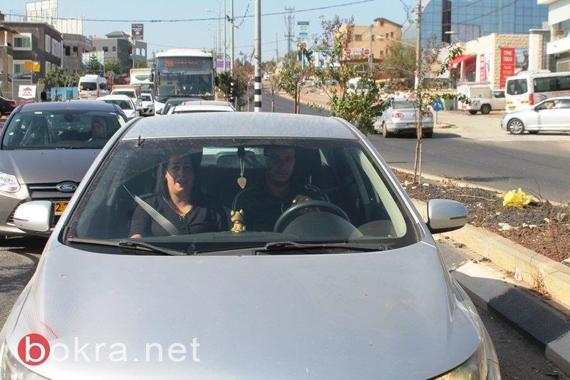 طلاب مدرسة الحلان يخاطبون جمهور السائقين : اعطونا الحياة