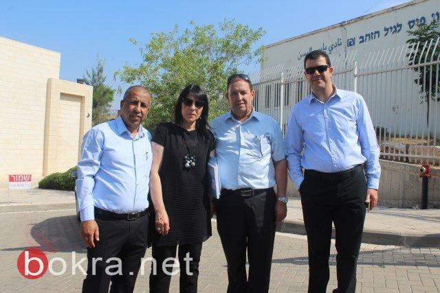 المدير العام لوزارة التعليم يلتقي مع رؤساءالمجالس المحلية البدوية