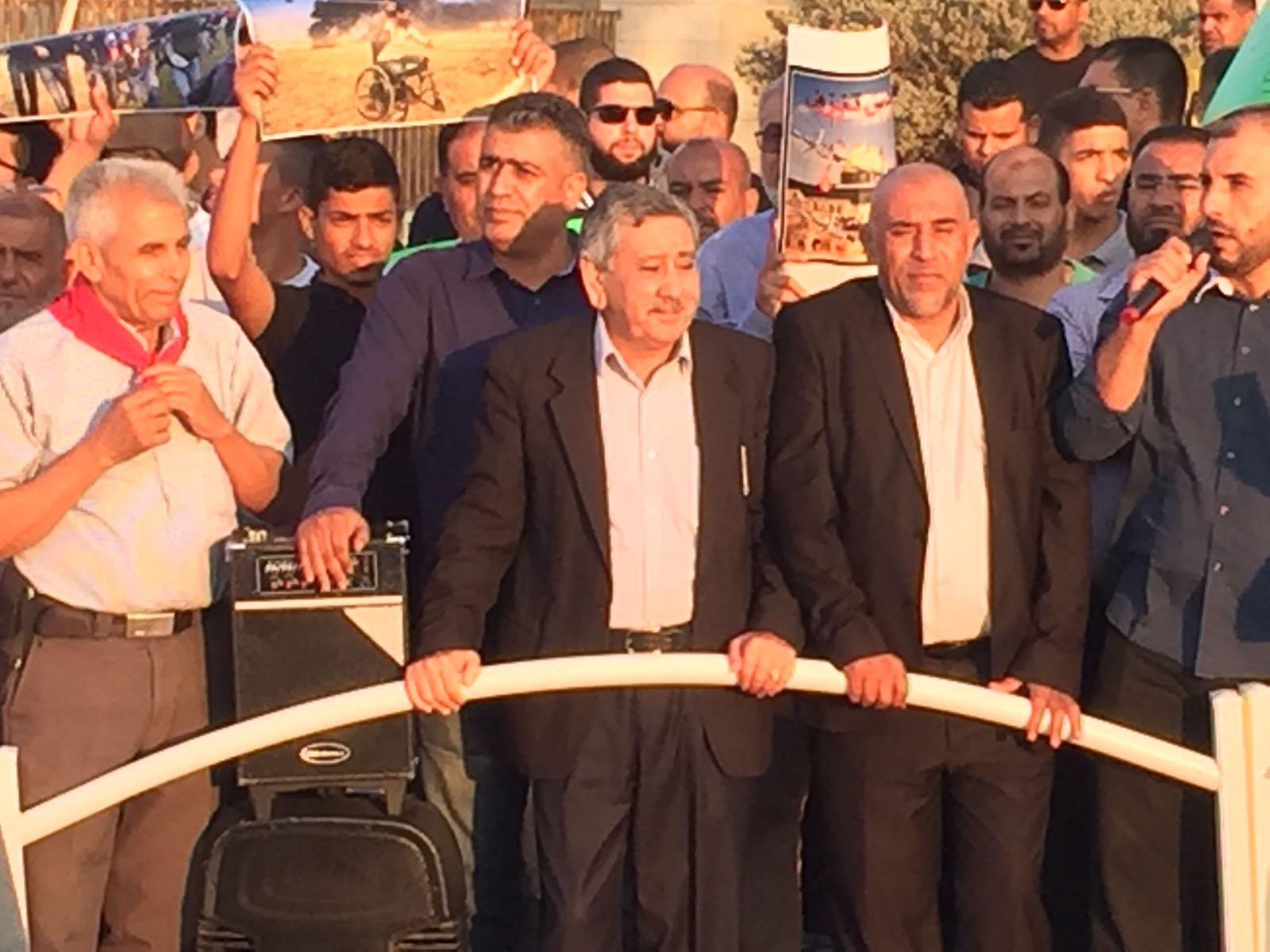 أبو عرار: على الجميع أن يقف مع الاهل في غزة من موقعه وبقدرته ولو بالكلمة المؤثرة أو بالمال...