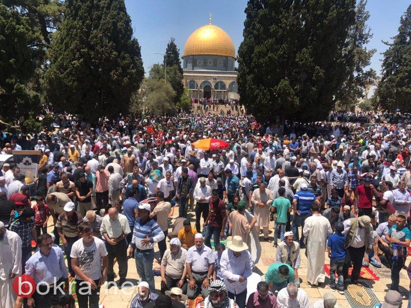 300 ألف مصلٍّ بالمسجد الأقصى في الجمعة الثالثة من شهر رمضان