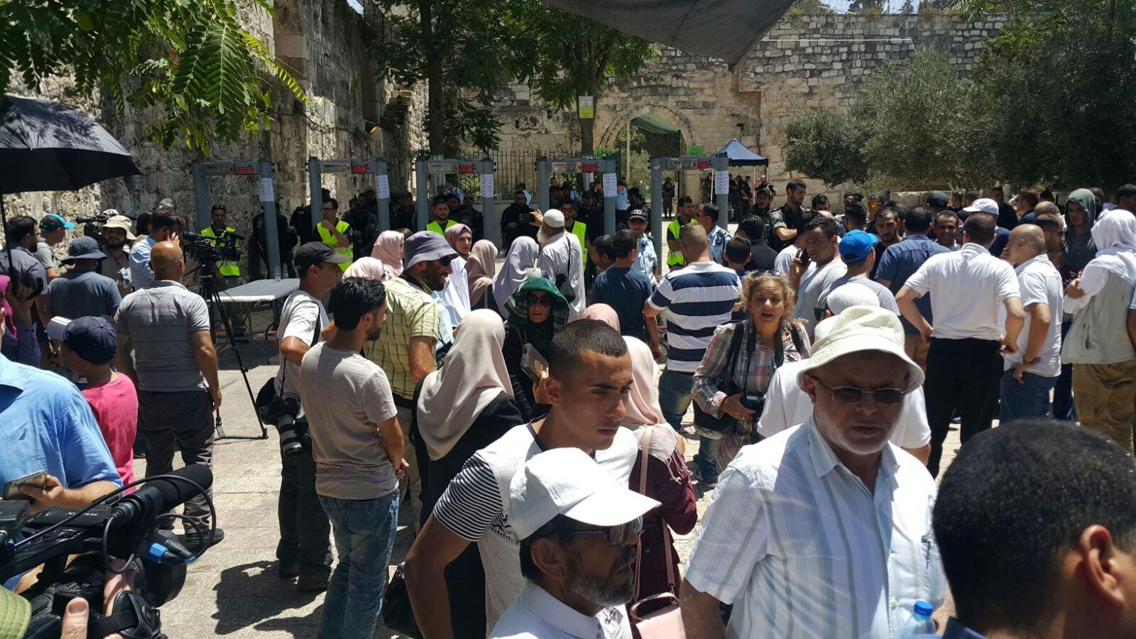 السلطات الاسرائيلية تمنع دخول بعض الحراس للاقصى
