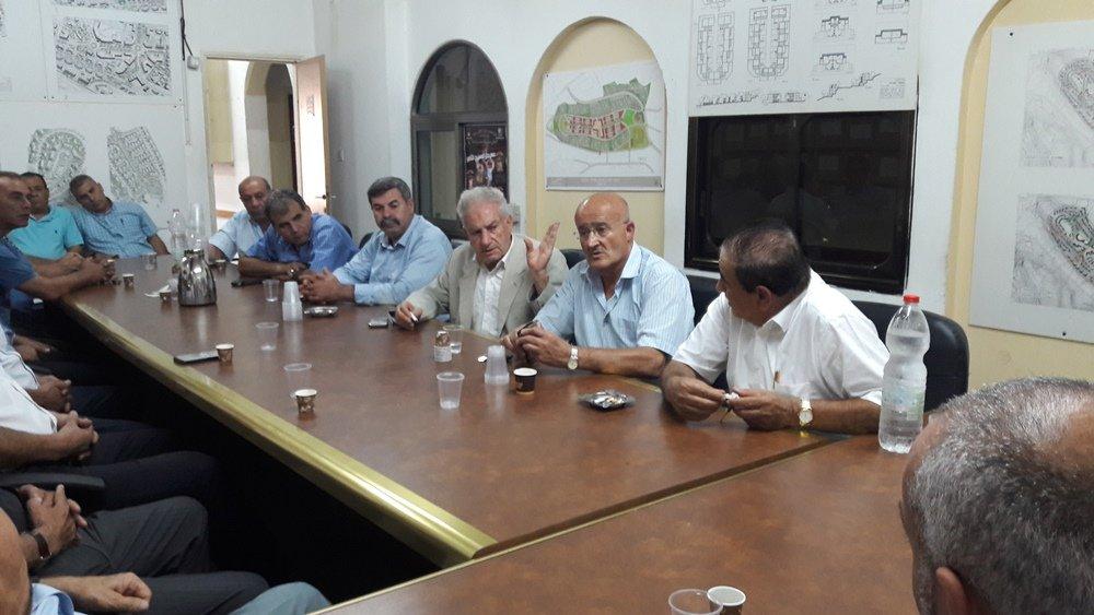 لجنة الصلح القطرية في خطواتها الأولى تسعى لتحقيق الصلح في عرابة