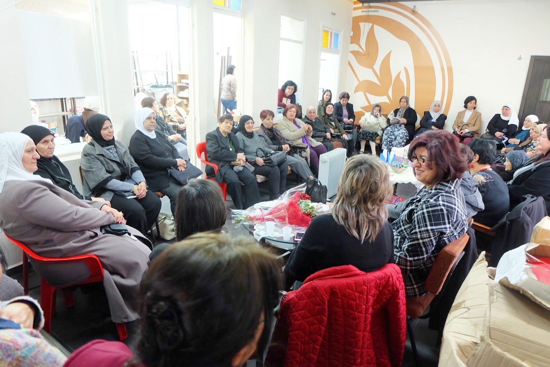 الناصرة: حركة النساء الديمقراطيات تستضيف الكاتبة دعاء زعبي - خطيب