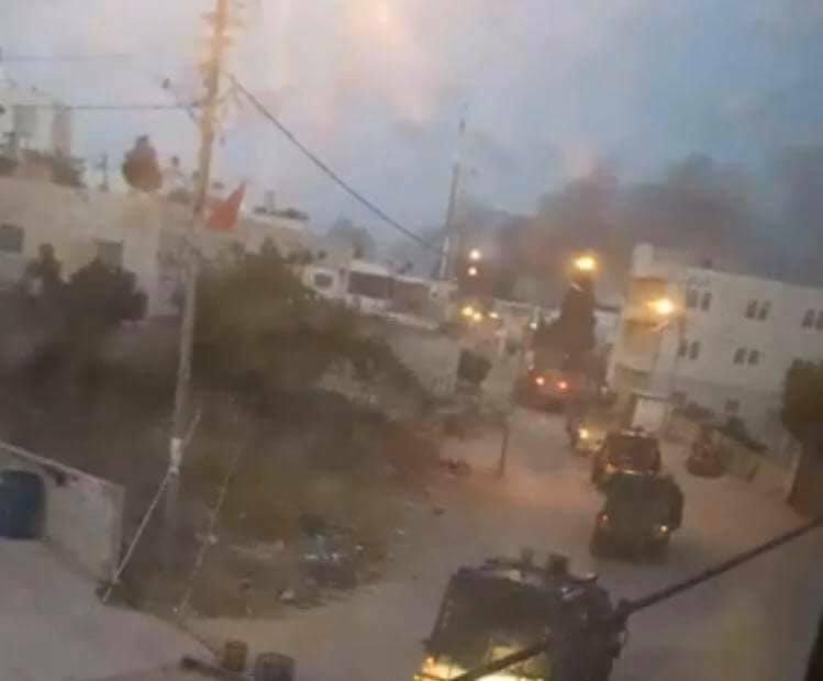 3 إصابات بالرصاص الحي والاحتلال يشدد الحصار على دير أبو مشعل