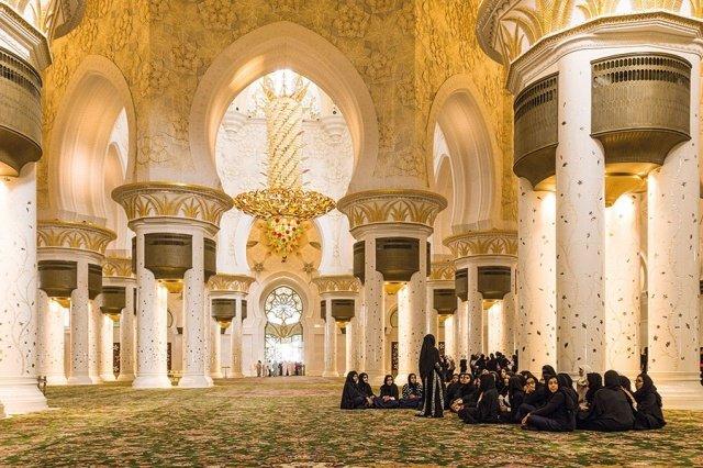 في العالم العربي مساجد تحف معمارية
