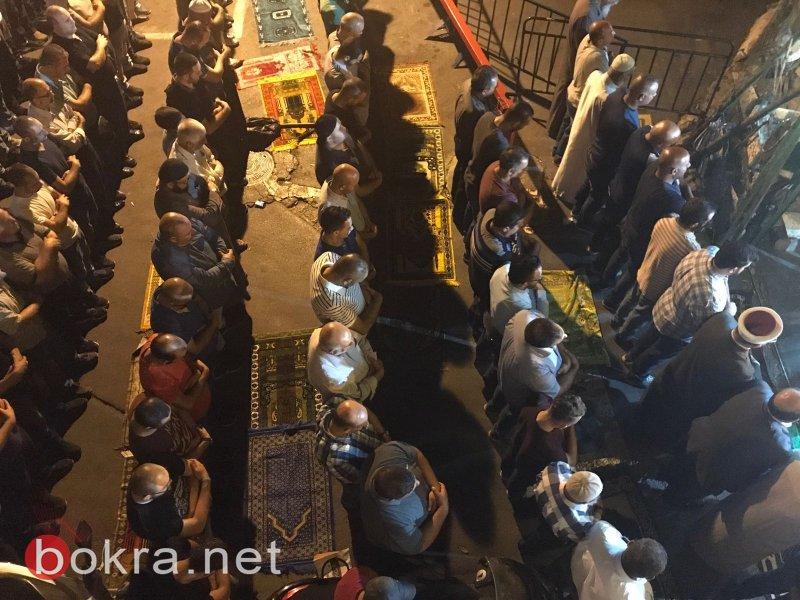القدس: مواجهات قرب باب الأسباط وأنباء عن إصابة د.مصطفى البرغوثي