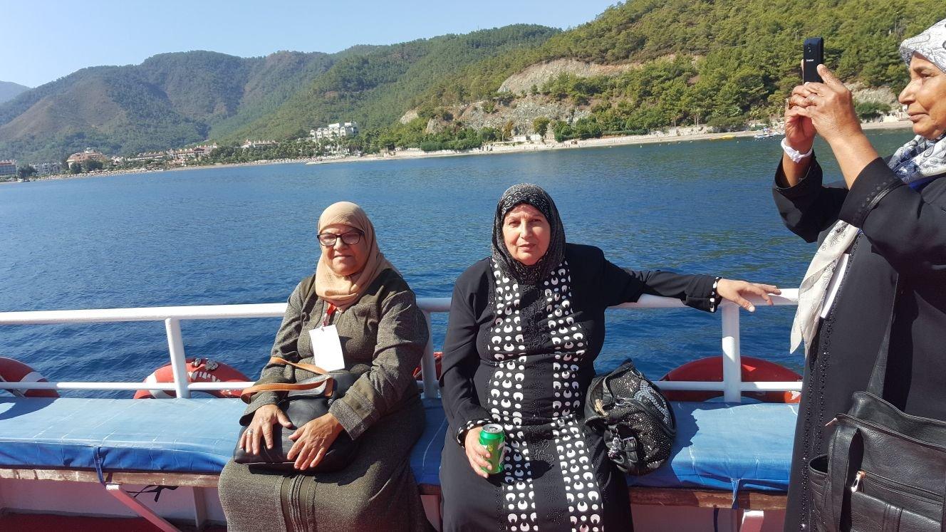 بلدية الناصرة تخصص رحلة ترفيهية لعدد من مسني المدينة الى تركيا