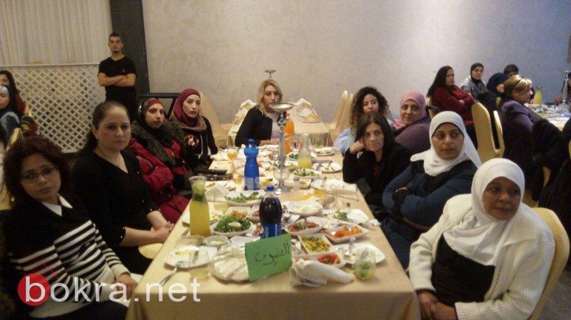 محاضرة عن التغذية السليمة للنادي النسائي في عكا