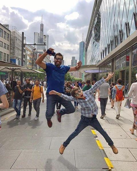 هذا ما قاله باسم ياخور في صورة جمعته مع ابنه