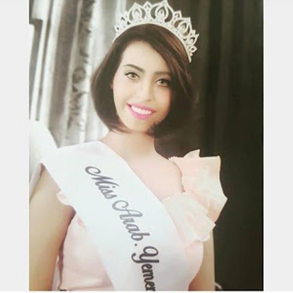 """ملكة جمال اليمن تنافس 12 نجمة عربية في """"الحموات الفاتنات"""""""