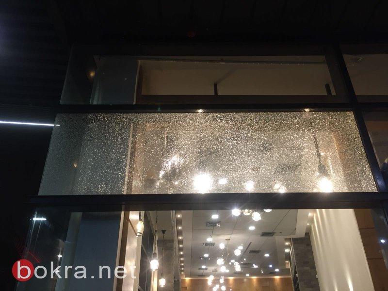 إصابة مواطن بإطلاق نار في مجمع دودج سنتر بنتسيرت عيليت وأضرار للمحلات التجارية