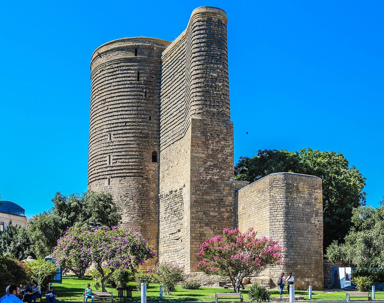زيارة الى أذربيجان، اكتشفوا اروع معالمها