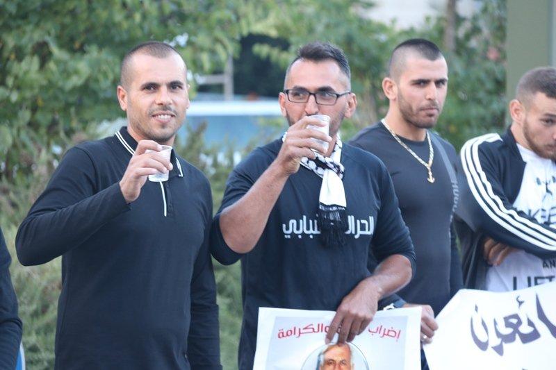 سخنين تتضامن مع اسرانا وتؤكد على مطالبهم العادلة