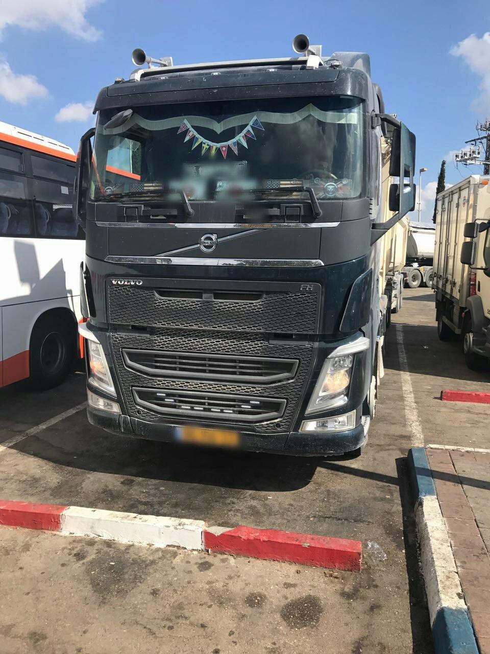 ضبط شاحنة محملة بـ31 طن أكثر من المسموح ! السائق عربي من باقة