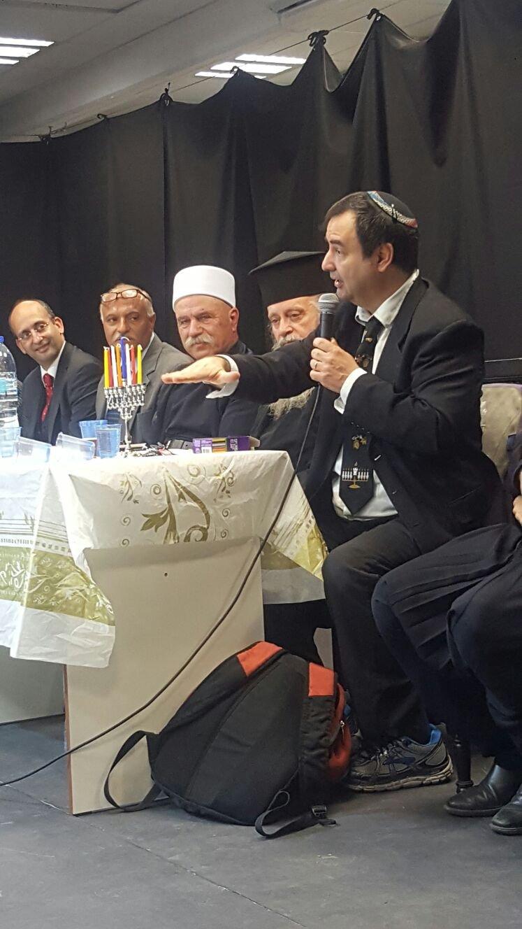 زهور التسامح تتفتح في مدرسة أورط على أسم حلمي الشافعي عكا