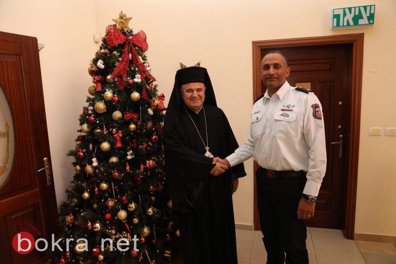 قائد سلطة الاطفاء والانقاذ يزور المطران بقعوني مهنئا بعيد الميلاد المجيد