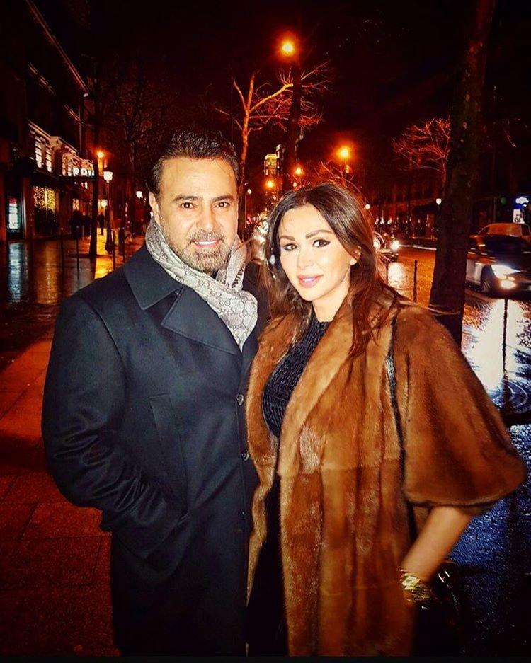 صورة رومانسية لـ عاصي الحلاني وزوجته من اجازتهم في باريس