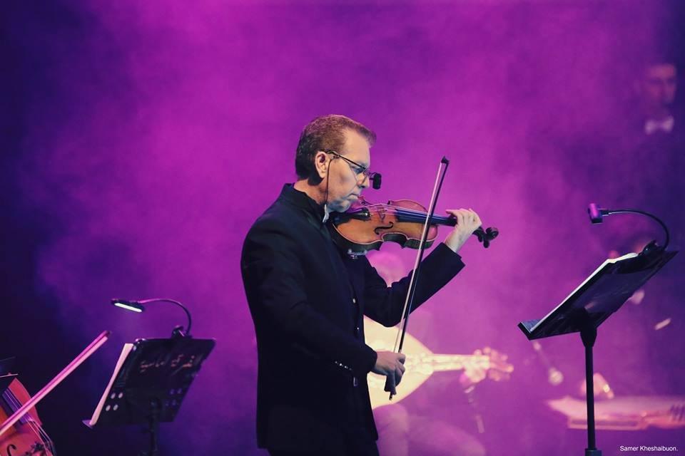 جمعية انغام للموسيقى تستضيف المصمم العالمي ساهر عوكل خلال عرض