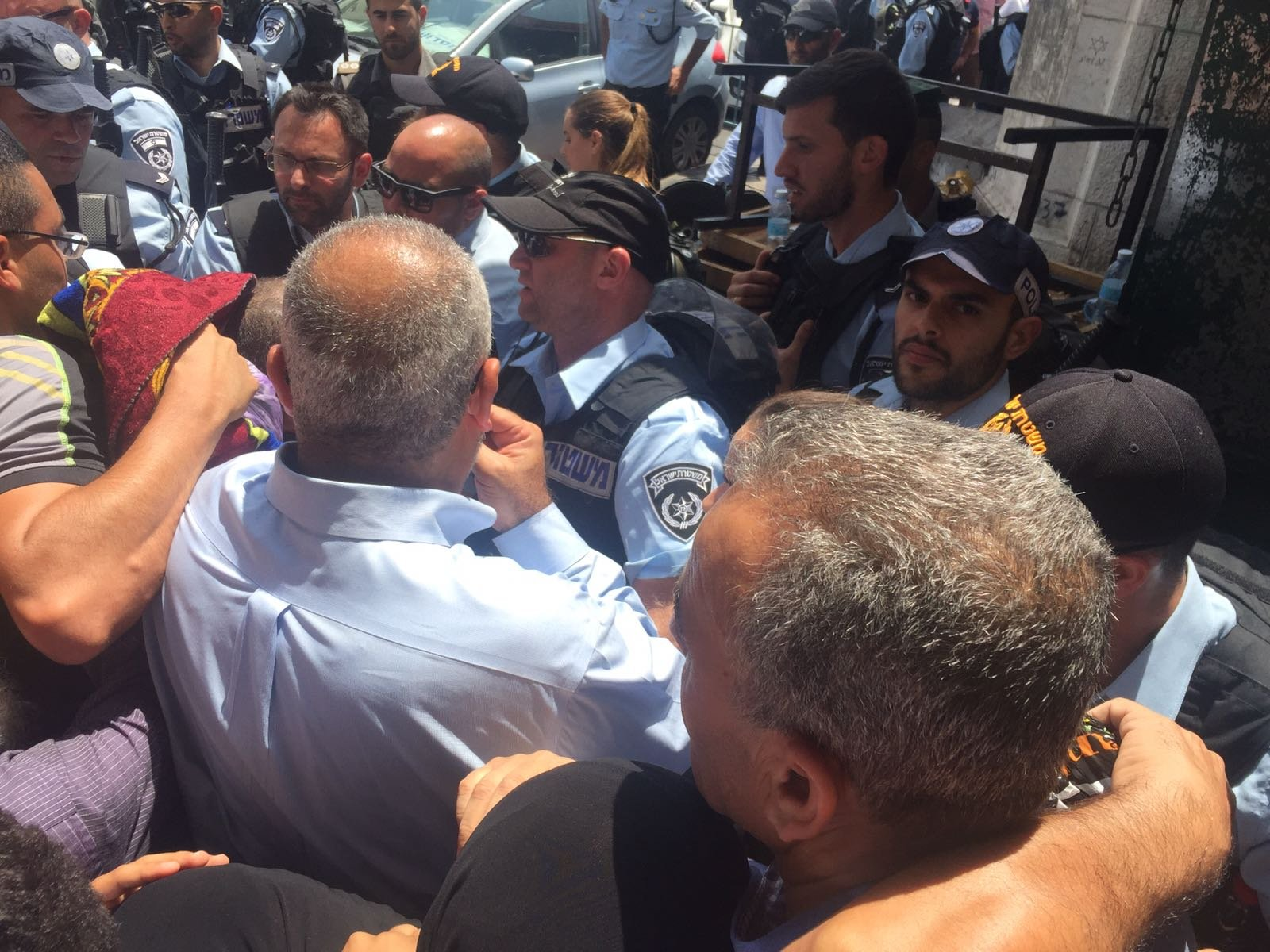 اردان يتهم النواب العرب، ود. زحالقة يرد: انت المسؤول عن سفك الدماء