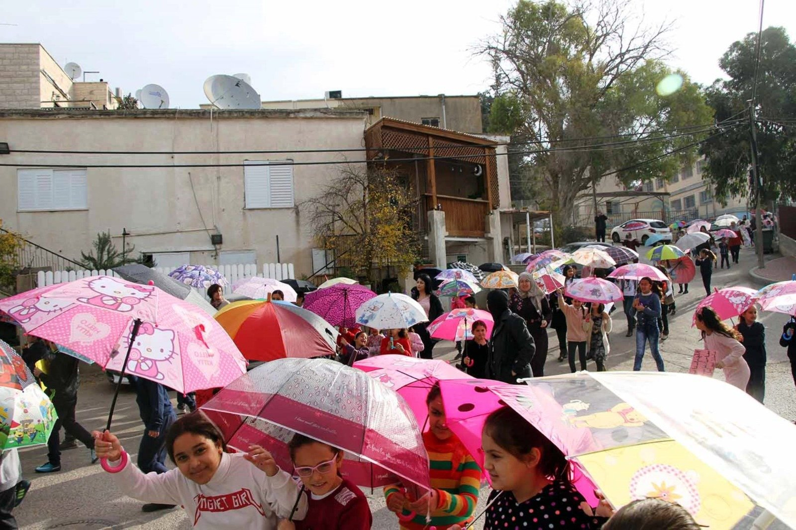 شاهدوا: طلاب صندلة في مسيرة استسقاء لهطول المطر