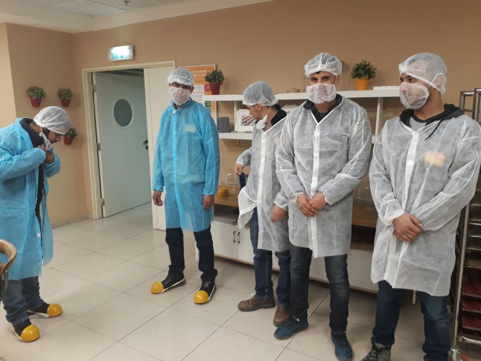 مركز ريان جنوب يقوم بزيارة تعريفية لمصنعبونجور