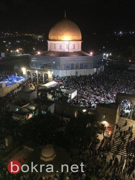 بالصور: نحو 250 ألف مصلّ في ليلة القدر بالمسجد الأقصى