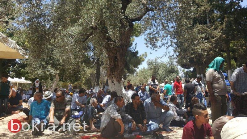 أكثر من 150 ألف مصلّ في الجمعة اليتيمة بالمسجد الأقصى