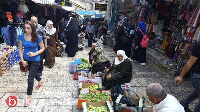 عشية العيد..حركة تجارية ضعيفة تخيم على اسواق القدس