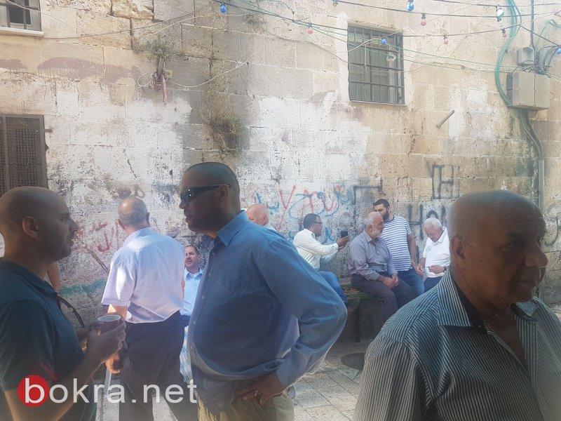 القدس: تواصل اعتصام موظفي الاوقاف لليوم الثامن على التوالي