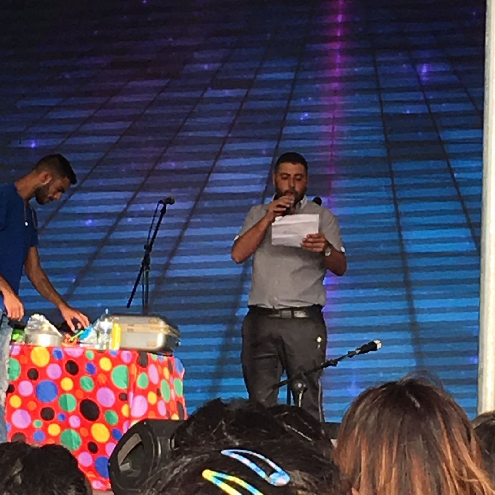 اختتام الليلة الأولى من مهرجان بستان المرج الثقافي بتميّز الفنان هيثم خلايلة ومشاركة المئات في نين
