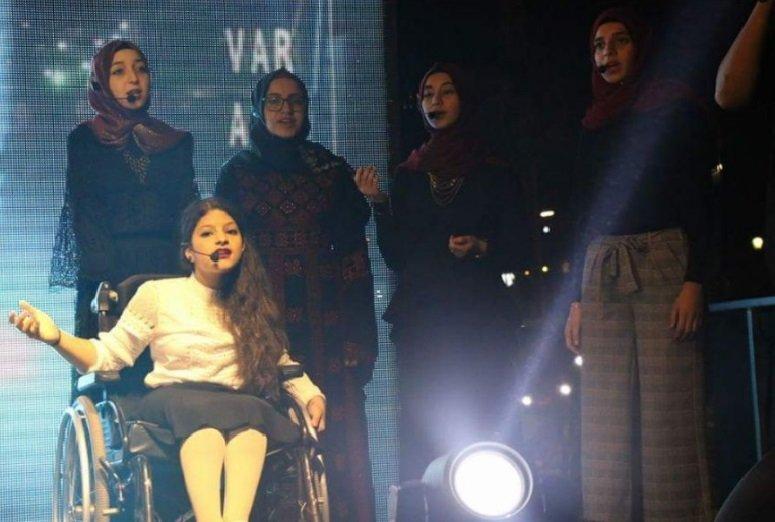 بسملة وليان ثنائي واعد في عالم الغناء تخطى قيود الإعاقة